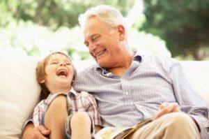 sognare abbracciare nonno