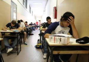 sognare esami a scuola