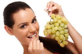 sognare mangiare uva