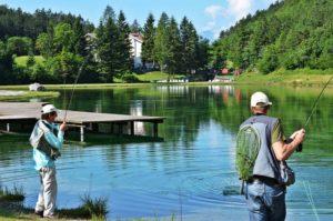 sognare pescare lago