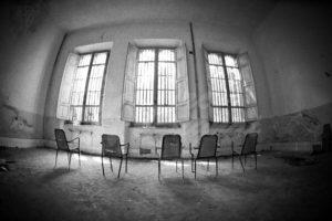 sognare ospedale psichiatrico